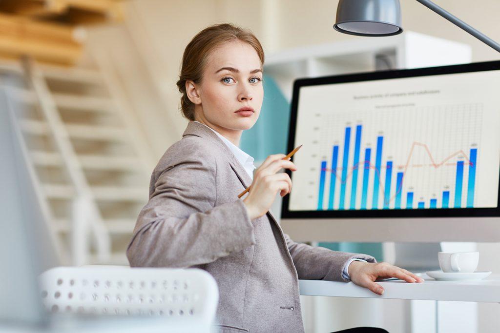 the beauty woman in office, rasio keuangan untuk analisa fundamental saham perusahaan FMCG di indonesia