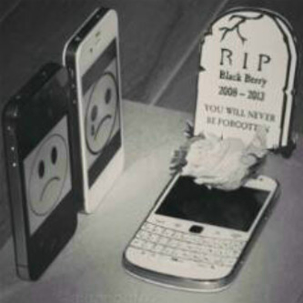 remembrance day of blackberry death RIP by google phone iphone apple and android