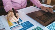 fungsi rasio ROE dalam mencari saham profit tinggi